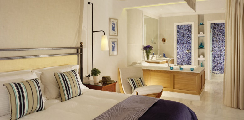 Mykonos Grand Hotel & Resort, Suite