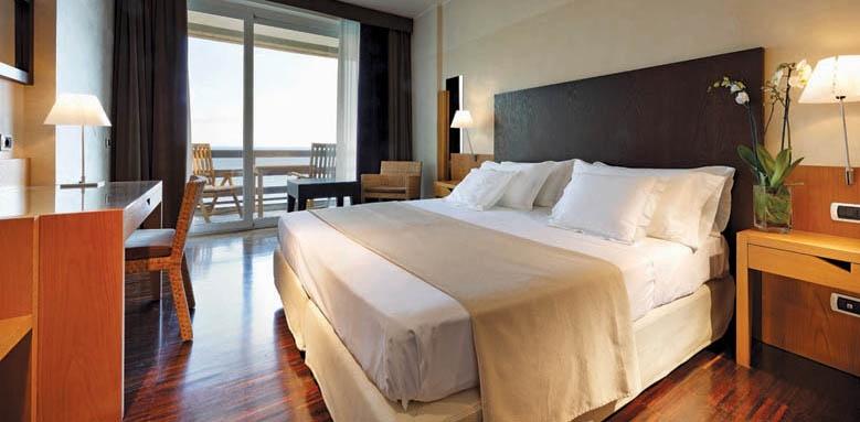 Hotel Monte Tauro, standard twin sea view