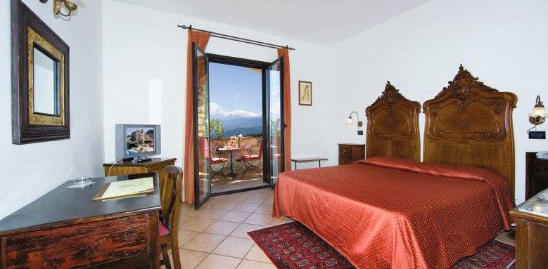 Hotel Villa Sonia, classic etna view