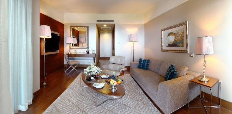 Hilton Dalaman Sarigerme Resort & Spa, corner suite/sea