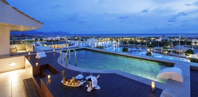 Hilton Dalaman Sarigerme Resort & Spa, king suite/sea