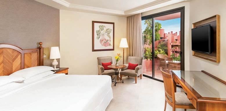 Sheraton La Caleta Resort & Spa, Deluxe Room