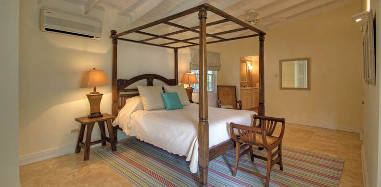 Little Good Harbour, two bed suite master bedroom