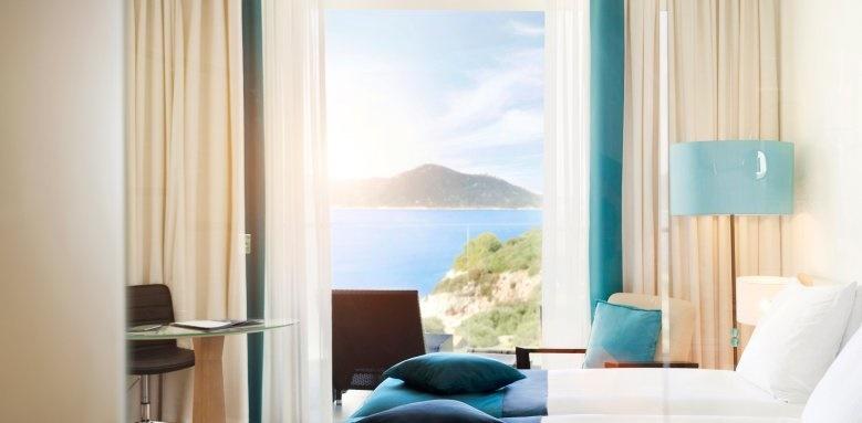Radisson Blu Resort & Spa, Club Room