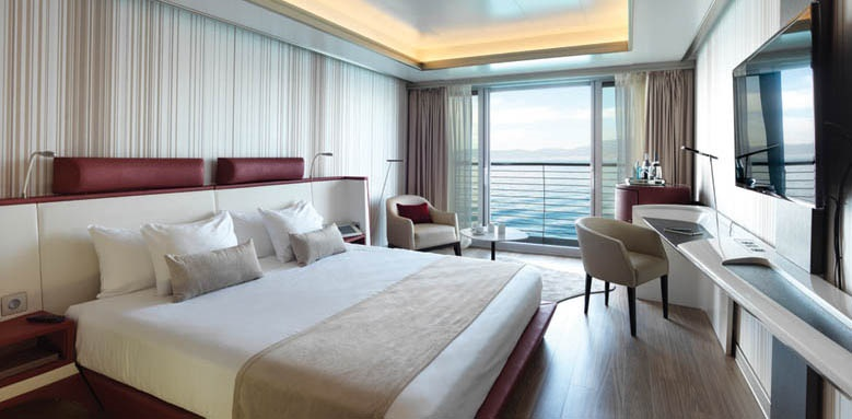 Sunborn Gibraltar, Superior Room