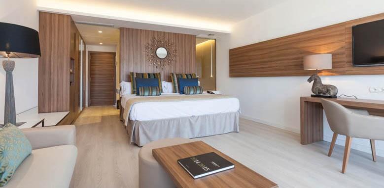 Hotel Viva Zafiro Alcudia & Spa, Swim-up Junior Suite