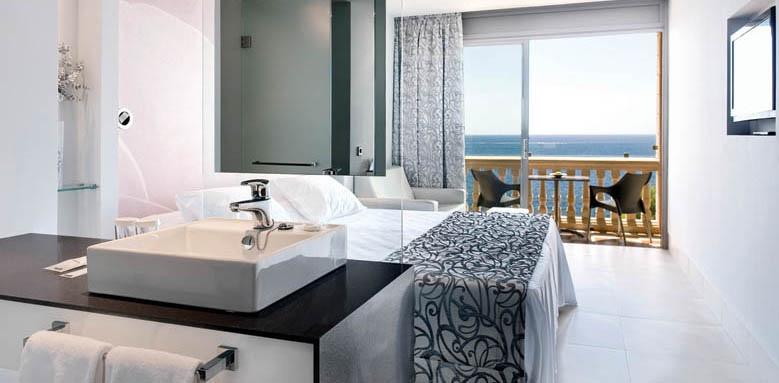 Barcelo Illetas Albatros, superior room front sea view