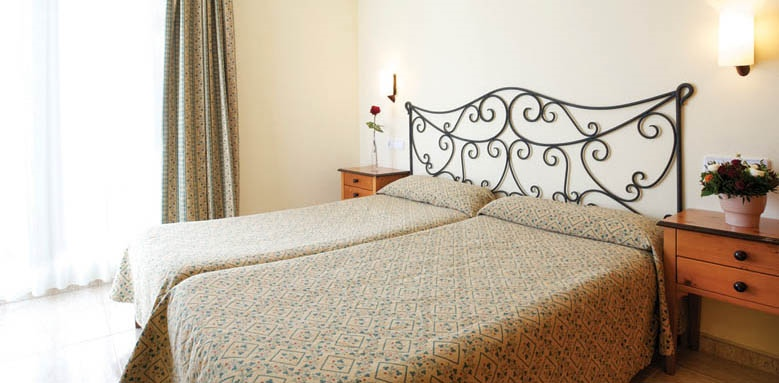 La Pergola Aparthotel, two bedroom apartment