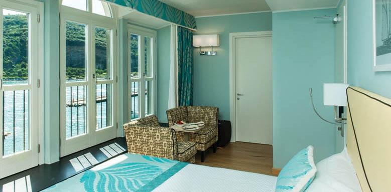 Grand Hotel Portovenere, corner room