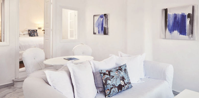 Canaves Oia Suites, honeymoon suite