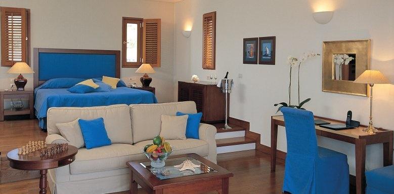 Grand Resort Lagonissi, Junior Suite