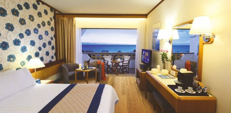 Constantinou Bros Athena Royal Beach Hotel, superior sea view