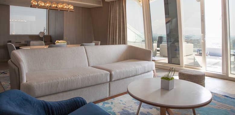 Jumeirah Beach Hotel, two bedroom ocean suite