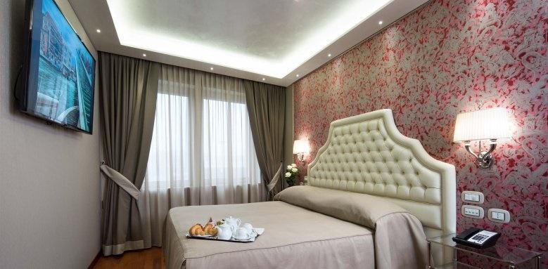 Hotel Santa Chiara, Deluxe City