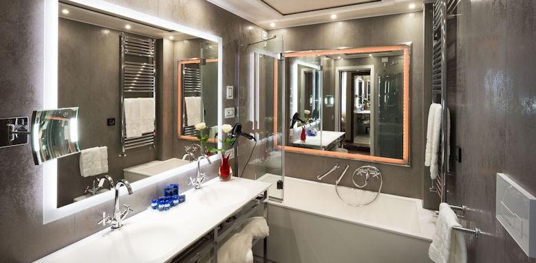 Hotel Santa Chiara, Deluxe Room Image