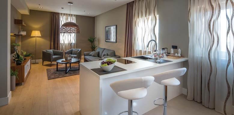 Cornaro Hotel, Premium Suite/City
