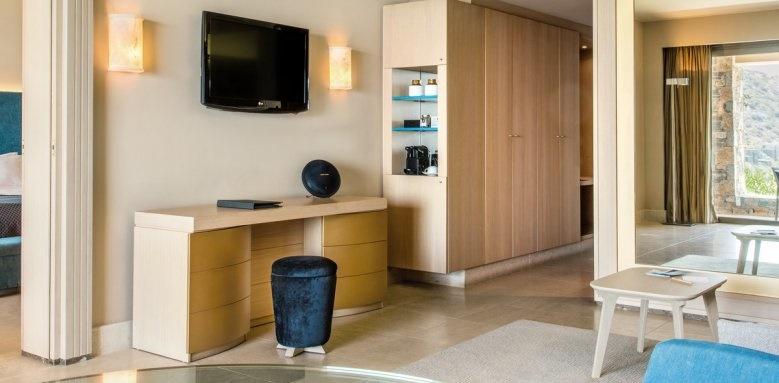 Daios Cove Luxury resort and Villas, Premium suite
