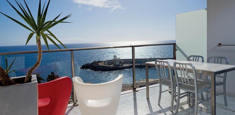 Marina Suites, Balcony