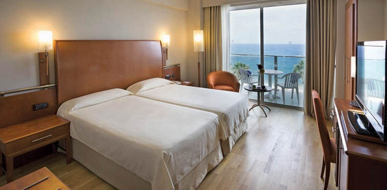 Hotel Reina Isabel, Twin Sea View