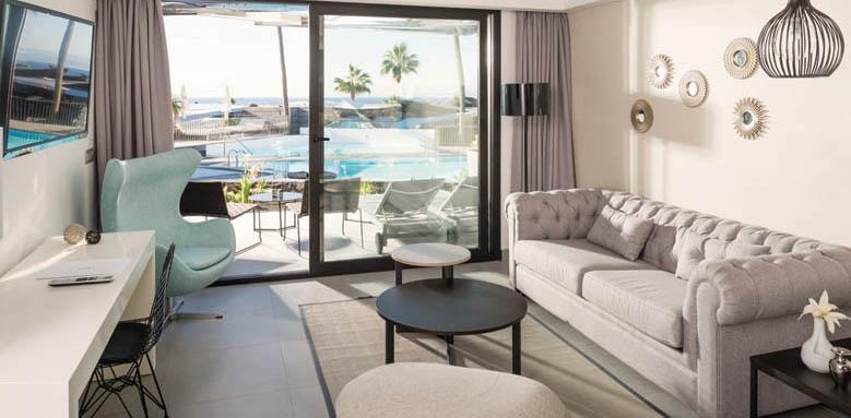 La Isla Y El Mar, Junior Suite