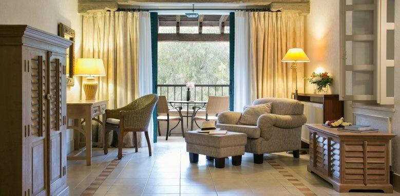 Columbia Beach Resort, One bedroom suite with garden views