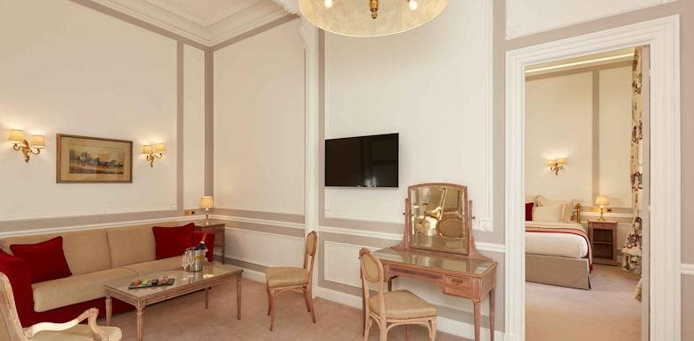Hotel Regina Paris, prestige suite