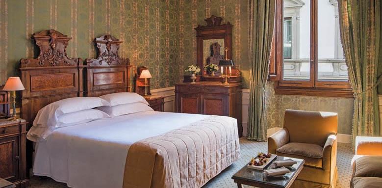 Helvetia & Bristol, junior suite