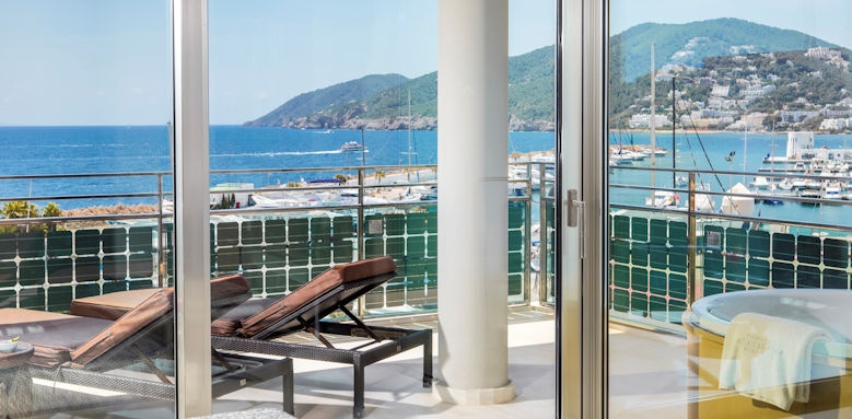 Aguas de Ibiza, sea view grand corner suite