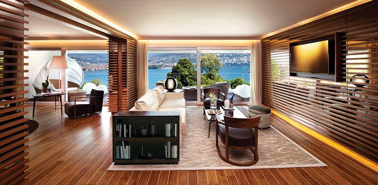 The View - Lugano, suite