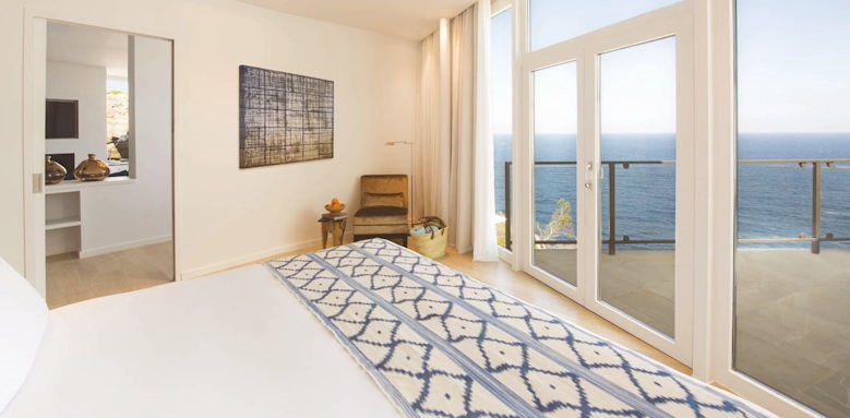 Jumeirah Port Soller, blau suite bedroom