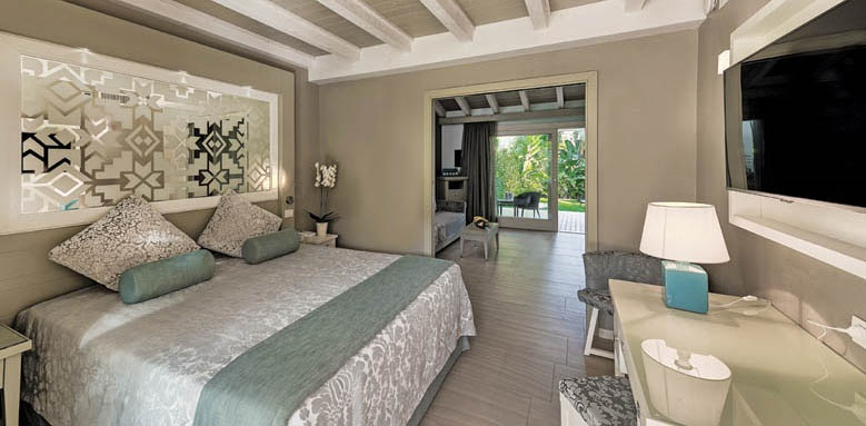 Hotel Castello, luxury family bungalow