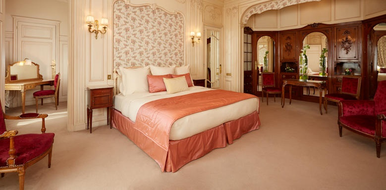 Hotel Raphael, Family Suite Image