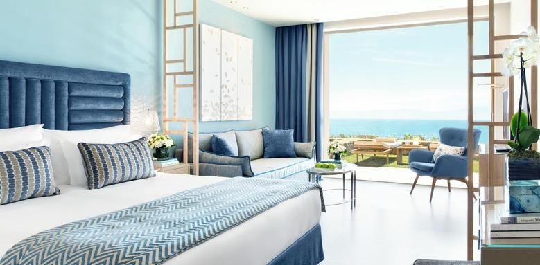 ikos oceania, deluxe junior suite private garden