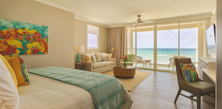 Sea Breeze, ocean front junior suite
