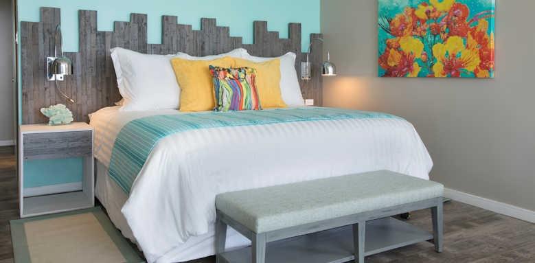 Sea Breeze, Luxury four bedroom suite