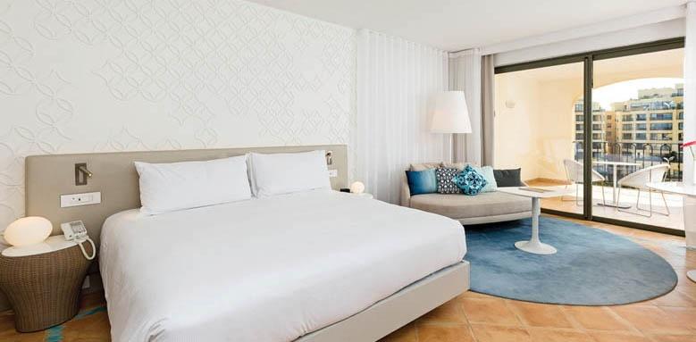 Hilton Malta, Deluxe Marina View