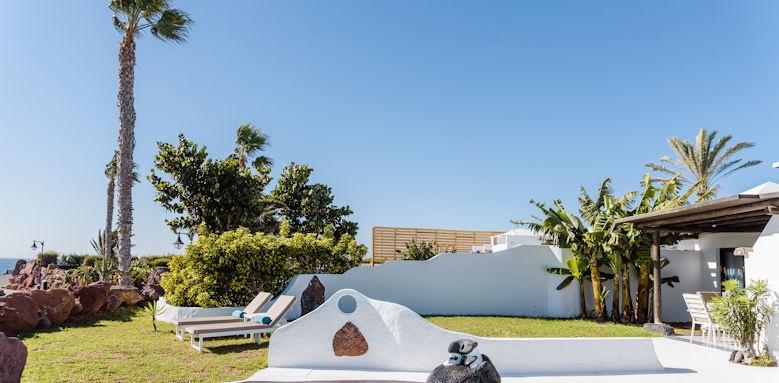 Villa Kamezi, Three Bedroom Ocean Villa