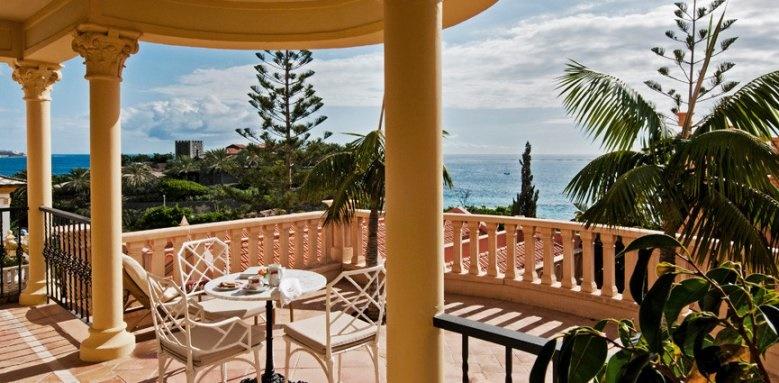 Bahia del duque, casa ducal suite