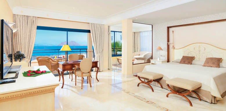 Gran Hotel Atlantis Bahia Real, Atlantico suite