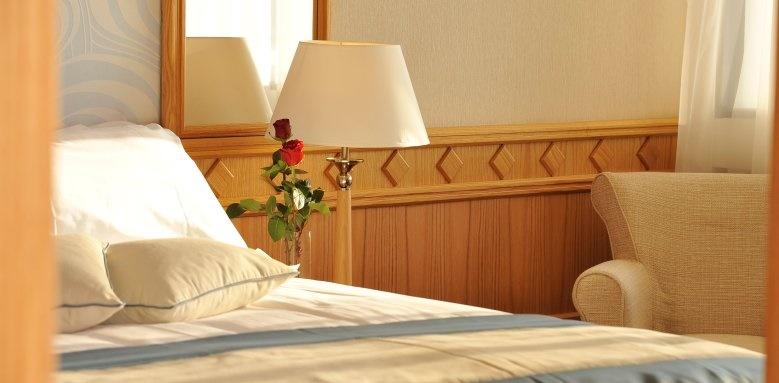 Constantinou Bros Asimina Suites Hotel, junior suite land view