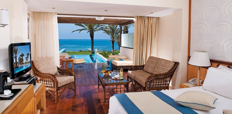 Athena Beach, junior suite with pool sea view