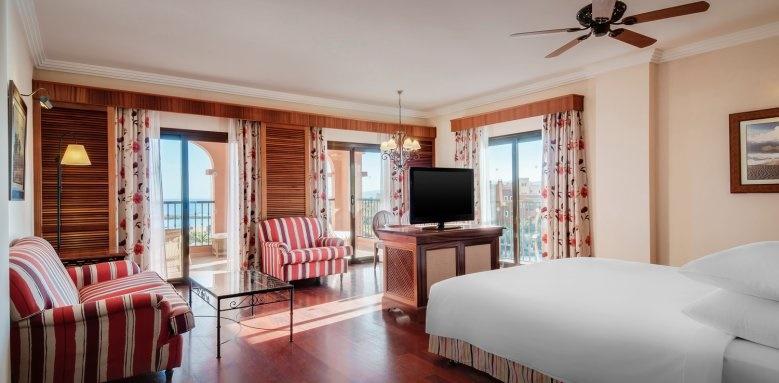 Sheraton Fuerteventura Beach, Golf & Spa Resort, junior suite bedroom