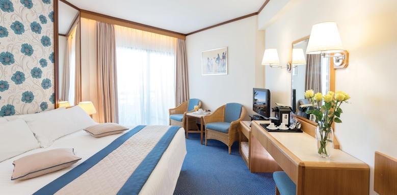Athena royal, standard room