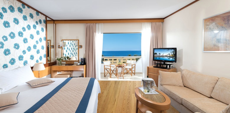 Constantinou Bros Athena Royal Beach Hotel, Superior deluxe sea view