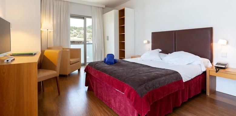 Aimia Hotel, Standard Room