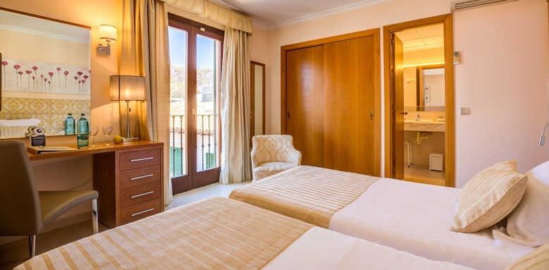 hotel miramar, standard double room