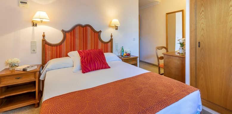 hotel miramar, individual room