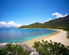 Nin Vanh Bay